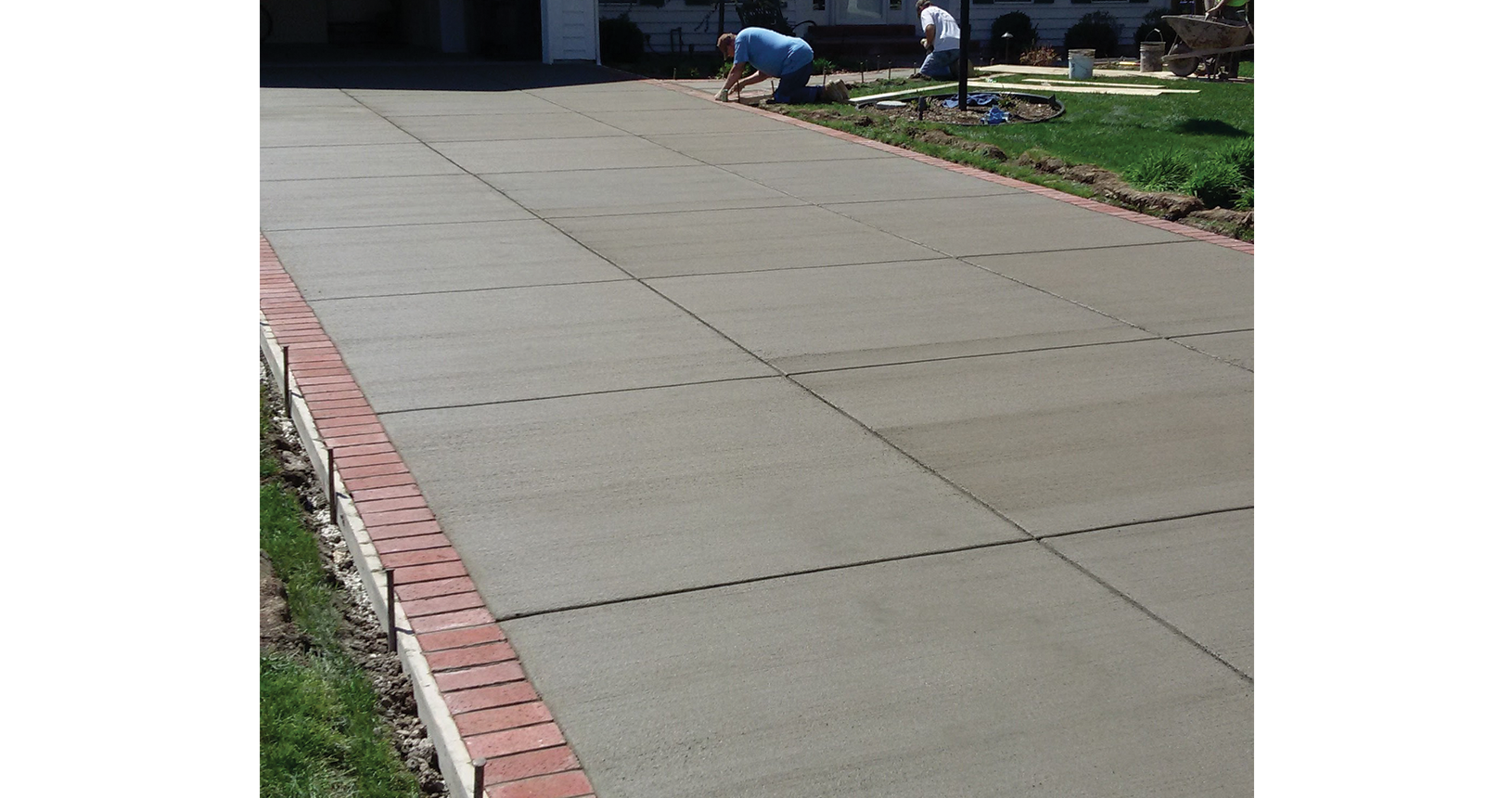 complete-concrete-construction-wisconsin-driveways-sidewalks-gallery5