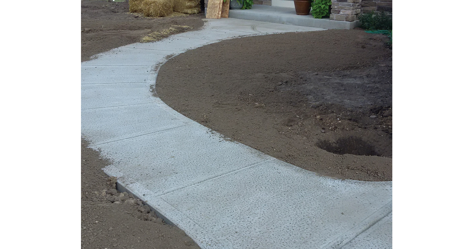 complete-concrete-construction-wisconsin-driveways-sidewalks-gallery8