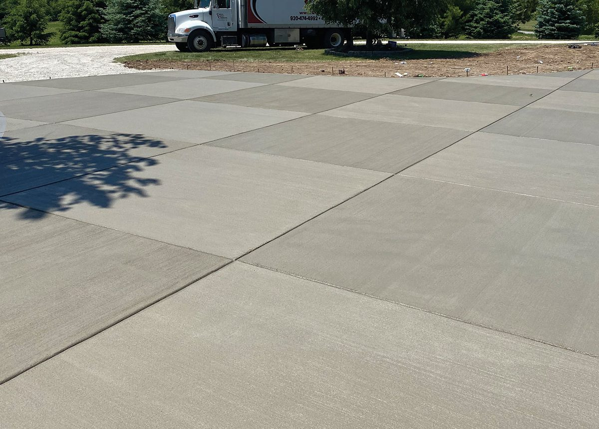 complete concrete construction ccc finishes new concrete paving with alternating pattern